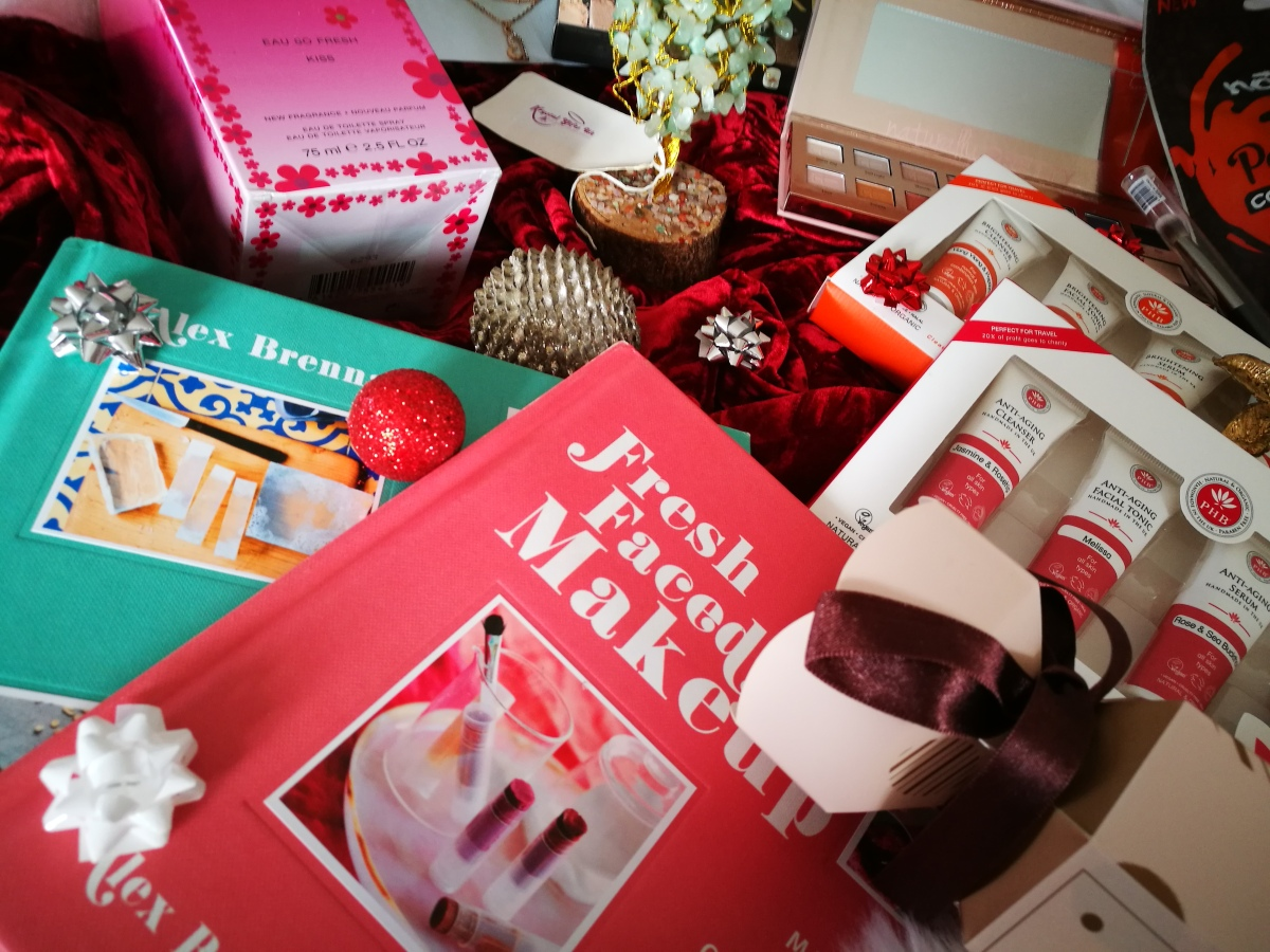 The Ultimate Girly Christmas Gift Guide